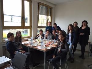 SOS Faim et Bridderlech Deelen animent un atelier aux «Fuussendeeg» au Michel Rodange